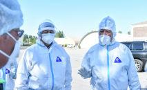 Премьер-министр Кыргызской Республики Кубатбек Боронов на встрече с врачами в обсервации Семетей.
