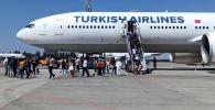 В Бишкек прибыл рейс из Турции