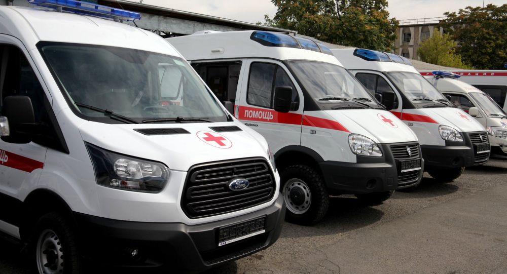 Для Ошской городской скорой помощи были вручены три автомобиля