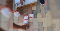 Госслужба по борьбе с экономическими преступлениями КР выявила факт продажи гепарина по высокой цене в одном из частных домов Бишкека.