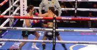 Сразу после стартового гонга Саньеса Эстрада нанесла сопернице семь ударов, отправила ее в нокаут и стала чемпионкой.