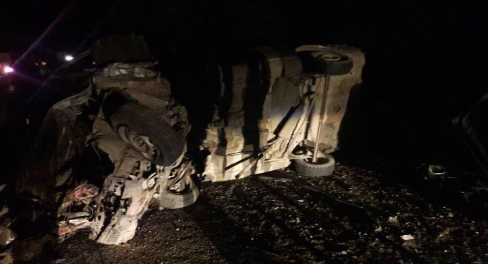 На участке дороги между селами Ананьево и Жаркынбаево Иссык-Кульской области произошло крупное ДТП с участием трех автомобилей