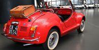 Автомобиль Fiat 500 в Автомобильном музее. Архивное фото