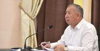 Премьер-министр Кыргызской Республики Кубатбек Боронов на очередном заседании Республиканского оперативного штаба