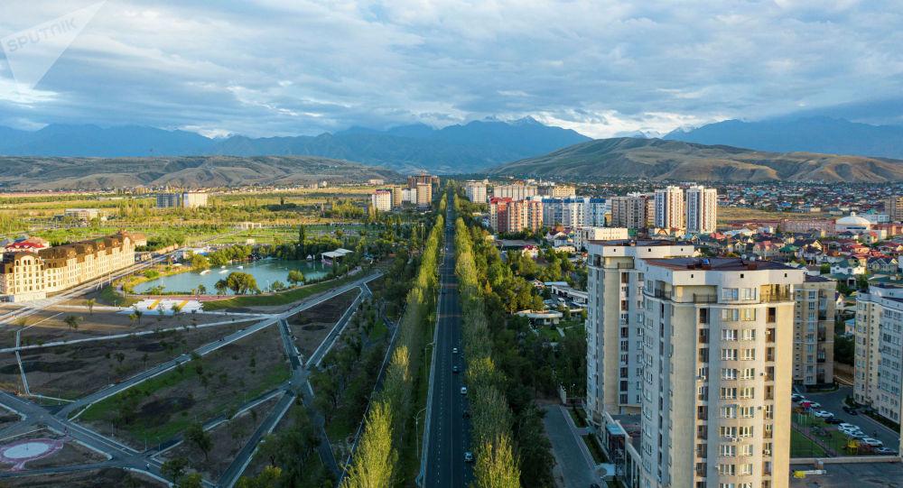 Жилые дома и новый парк здоровья вдоль проспекта Чингиза Айтматова в Бишкеке