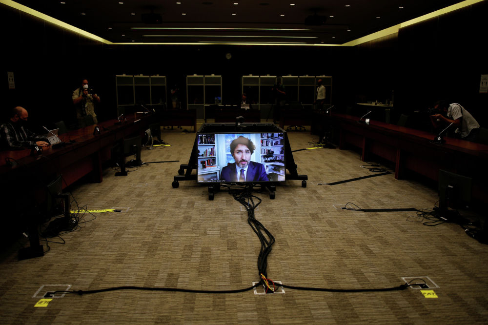 Премьер-министр Канады Джастин Трюдо принял участие в заседании финансового комитета Палаты общин в режиме видеоконференции