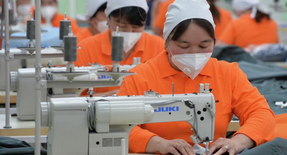 Деятельность текстильного предприятия. Архивное фото