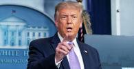 Президент США Дональд Трамп выступает с речью на брифинге о ситуации с коронавирусной болезни (COVID-19) в Белом доме в Вашингтоне, США, 5 августа 2020 года