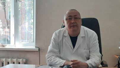 Заведующий отделением неврология 2 Национального госпиталя КР Нурлан Оморов