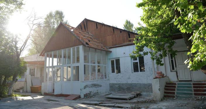 Капитальная реконструкция здания инфекционного отделения Баткенской областной больницы. 12 августа 2020 года