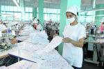 Работница текстильной фабрики компании Cool bros в Кызыл-Кие Баткенской области. 12 августа 2020 года