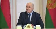 Действующий президент Беларуси Александр Лукашенко резко отреагировал на информацию о том, что он покинул страну. Смотрите на видео заявление белорусского лидера.