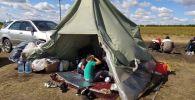 Оренбург облусундагы орус-казак чек арасындагы убактылуу лагерь. Архив