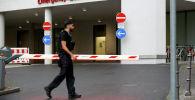 На общем виде виден вход в больничный комплекс Шарите Митте, где ожидается лечение Алексея Навального после доставки в Берлин. Германия 22 августа 2020 года