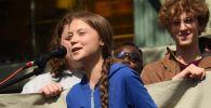 Экоактивистка Грета Тунберг на климатической забастовке. Архивное фото