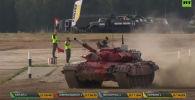 Запись танкового биатлона, прошедший в Подмосковье на полигоне Алабино в рамках VI Армейских международных игр «АрМИ-2020».