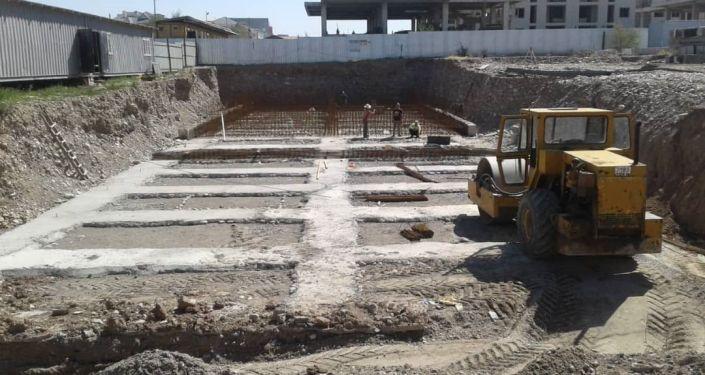 Строительные соооружения незаконно построенные в Бишкеке