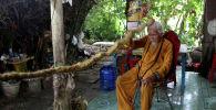 92-летний Нгуен Ван Чиен демонстрирует свои 5-метровые волосы
