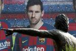 Испаниянын Барселона футболдук клубу чабуулчу Лионель Мессинин архивдик сүрөтү