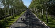Участники первого в 2020 году велопробега в Бишкеке.