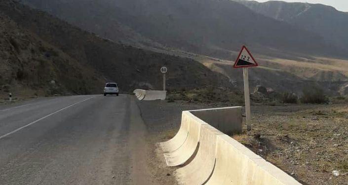 На месте ДТП на 449-м километре дороги Бишкек — Ош