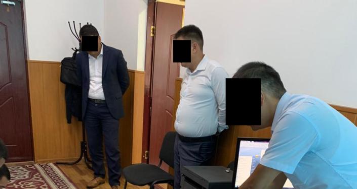 По факту вымогательства и получении взятки с поличным задержан помощник директора ГУ «Унаа» при ГРС