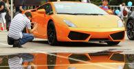 Автомобиль Lamborghini Aventador. Архивное фото