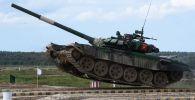 Танк Т-72Б3 команды военнослужащих Кыргызстана во время соревнований танковых экипажей