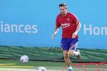 Барселона клубунун футболчусу Лионель Месси машыгуу учурунда