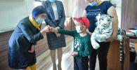 Встреча представителей мэрии с 8-летним Бишкеком Табылдыевым