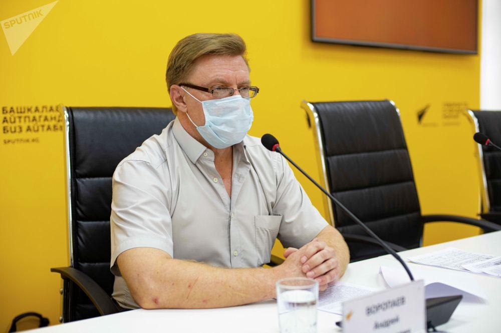 Директор ТЭЦ Бишкека Андрей Воропаев на онлайн-брифинге о готовности ТЭЦ и ГЭС к зиме в мультимедийном пресс-центре Sputnik Кыргызстан