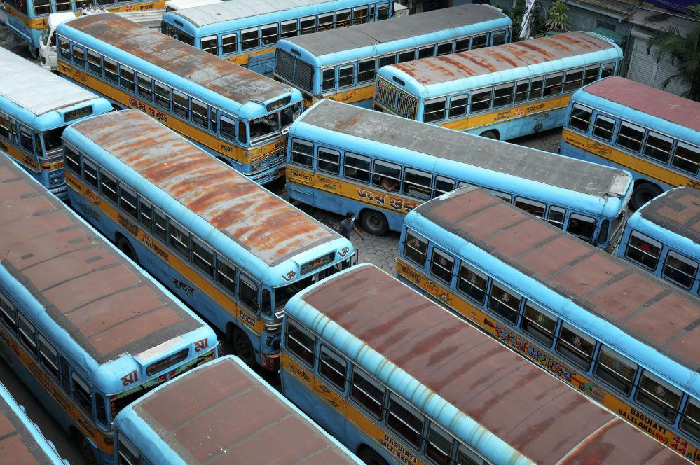 Власти Индии объявили о возвращении карантина в штате Западная Бенгалия на два дня из-за распространения COVID-19