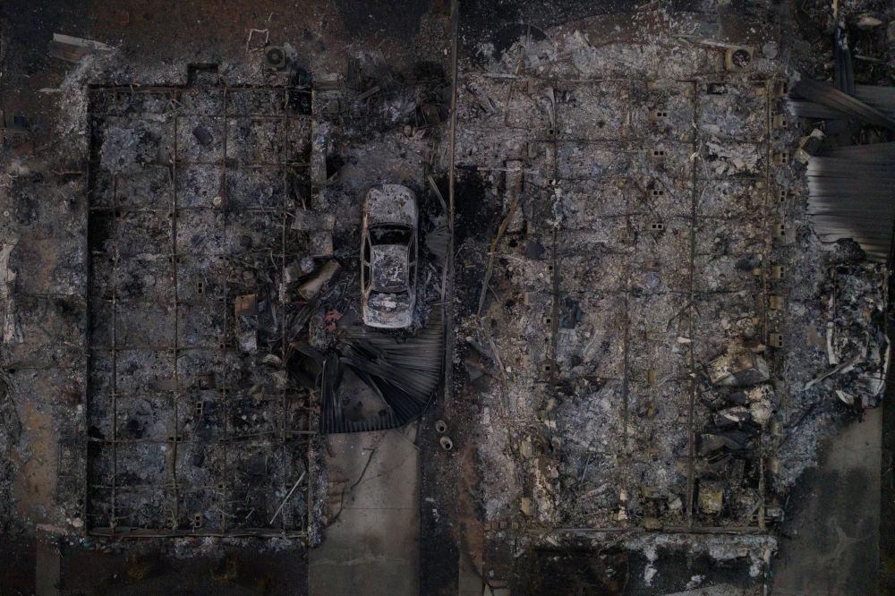Американский Феникс существенно пострадал из-за пожаров - сотни домов были уничтожены. Всего в штате Орегон сгорело более 300 000 акров земли.