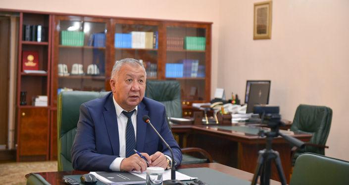 Премьер-министр Кыргызской Республики Кубатбек Боронов на очередном заседании Республиканского оперативного штаба. 15 сентября 2020 года