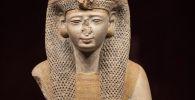 Статуя египетской королевы Меритамен. Архивное фото