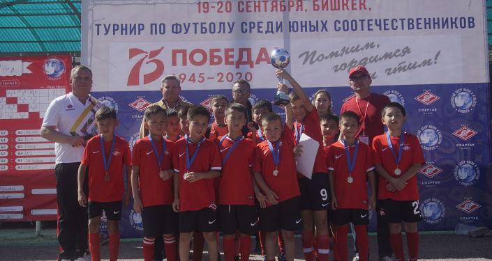 Команда Спартак-Юниор - серебряный призер