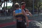 Испанский триатлонист Диего Ментрид стал героем Santander 2020 после того, как непосредственно перед финишем пропустил соперника вперед из добрых побуждений.