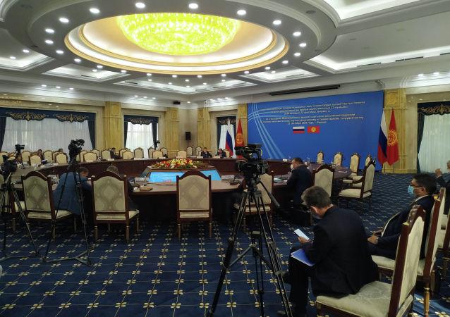 Подготовка к заседанию Кыргызско-российской межправительственной комиссии в госрезиденции Ала-Арча Бишкеке