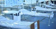Койки для пациентов в дневном стационаре. Архивное фото