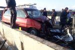 Последствия ДТП на трассе Бишкек — Нарын — Торугарт в районе села Эмгекчил