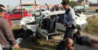 Последствия ДТП на улице Жайыла Баатыра в Бишкеке
