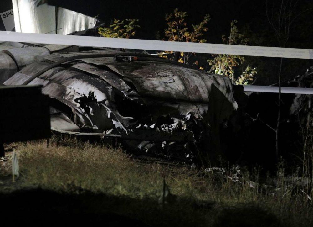Следствие не исключает, что самолет упал из-за ненадлежащего исполнения своих служебных обязанностей экипажем