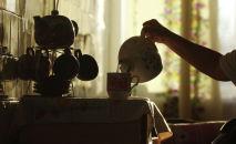 Чайник колдонуу. Архивдик сүрөт