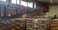 Обрушение надземного пешеходного перехода в цехе компании FM Logistic в деревне Сидорово Московской области.