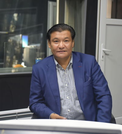 Советник премьер-министра КР по экономике Кубат Рахимов на радио Sputnik Кыргызстан