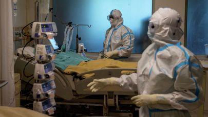 Пандемиянын курмандыгына айланган мугалимдер