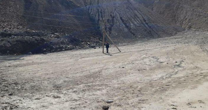 На оползневом участке месторождения угля Кара-Кече провели электричество