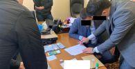 Задержание заместителя директора Департамента по делам банкротства Министерства экономики КР