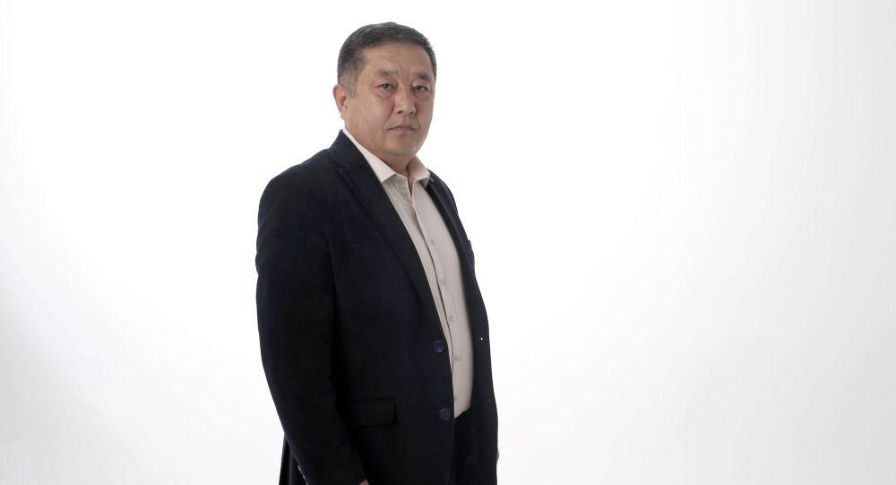 Бишкек мэринин милдетин аткаруучу Жоошбек Коеналиев. Архивдик сүрөт