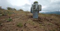 Тоолуу Карабахтагы Иванян аймагына ташталган бомба. Архивдик сүрөт